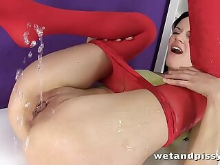 Teen cuts open pantyhose and..