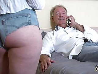 Teenager gets pussy fucked..