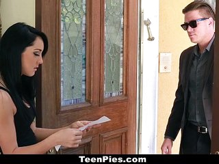 TeenPies - Brunette Teen..