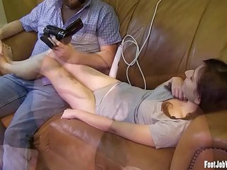 Cute girl gets her toes suck..