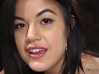 Natural big tits brunette..