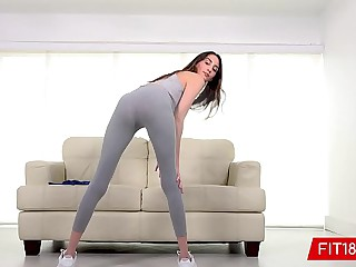 FIT18 - Natalia Nix - Tall..