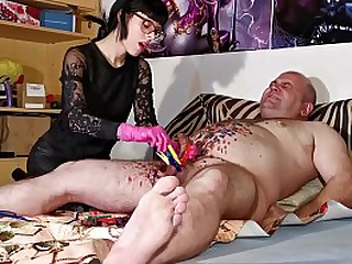 Young mistress gives painful..