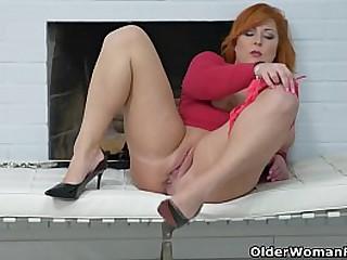 Full figured mature redhead..